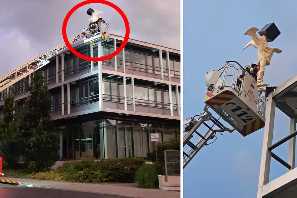 München: Nur noch eine Schraube hielt ihn! Engel droht von Rathausdach zu stürzen