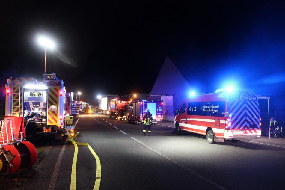Feuerwehr, Polizei und Rettungsdienst waren mit 58 Einsatzkräften vor Ort.
