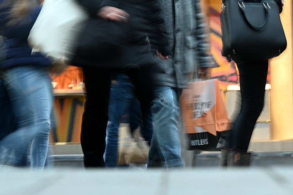 """NRW-Geschäfte dürfen sonntags nun doch nicht öffnen! Einzelhandel """"fassungslos"""""""