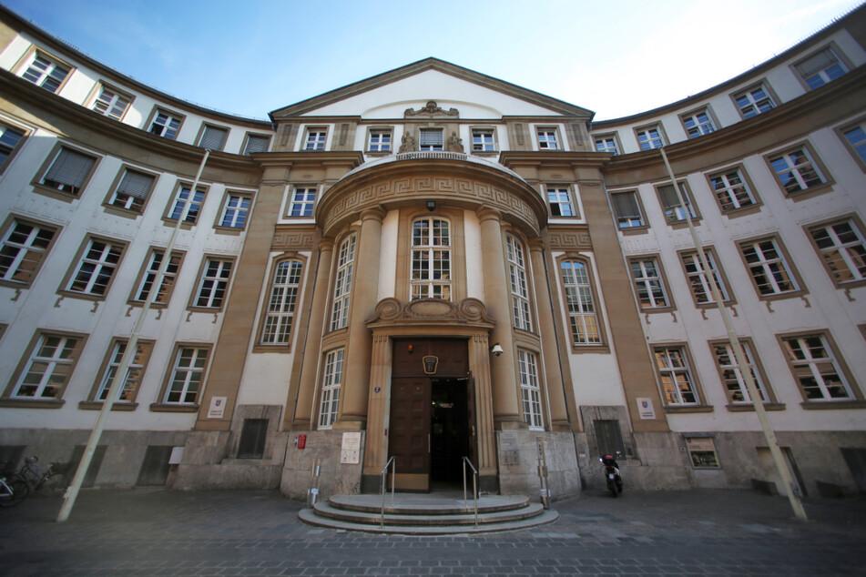 Der Mann muss sich vor dem Landgericht Frankfurt verantworten (Archivfoto).