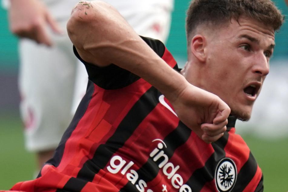 Ajdin Hrustic (24) kam im Sommer 2020 zur Eintracht und hofft in der kommenden Saison auf seinen persönlichen Durchbruch im Dress der Adlerträger.