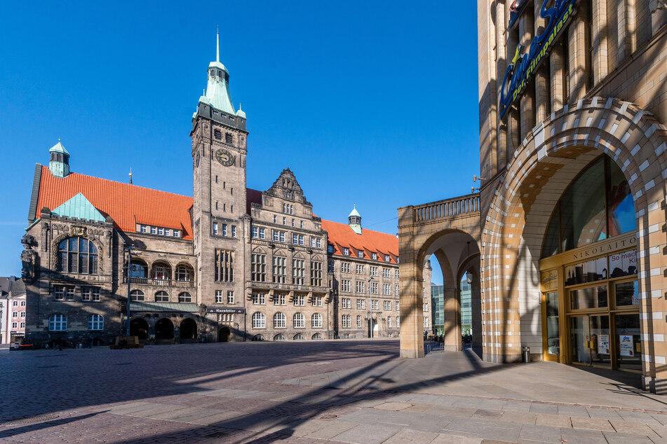 Der Chemnitzer Marktplatz ist wie leergefegt - kein Mensch weit und breit.