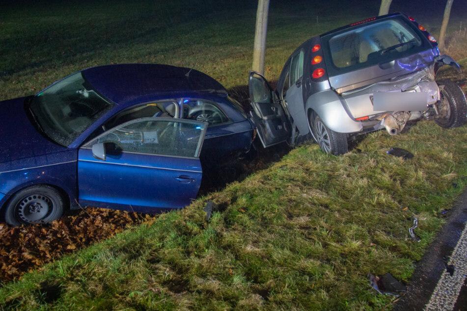 Smart kracht auf B6 in Pannen-Audi, dann kann auch ein Skoda nicht mehr ausweichen