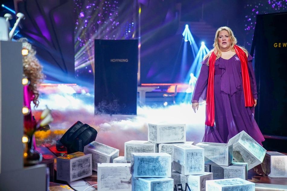 Let's Dance: Große Emotionen bei Ilka Bessin, raus ist eine andere