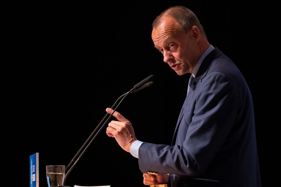 Friedrich Merz, Ex-Unionsfraktionschef, spricht während des Niedersachsentag der Jungen Union in Hildesheim.