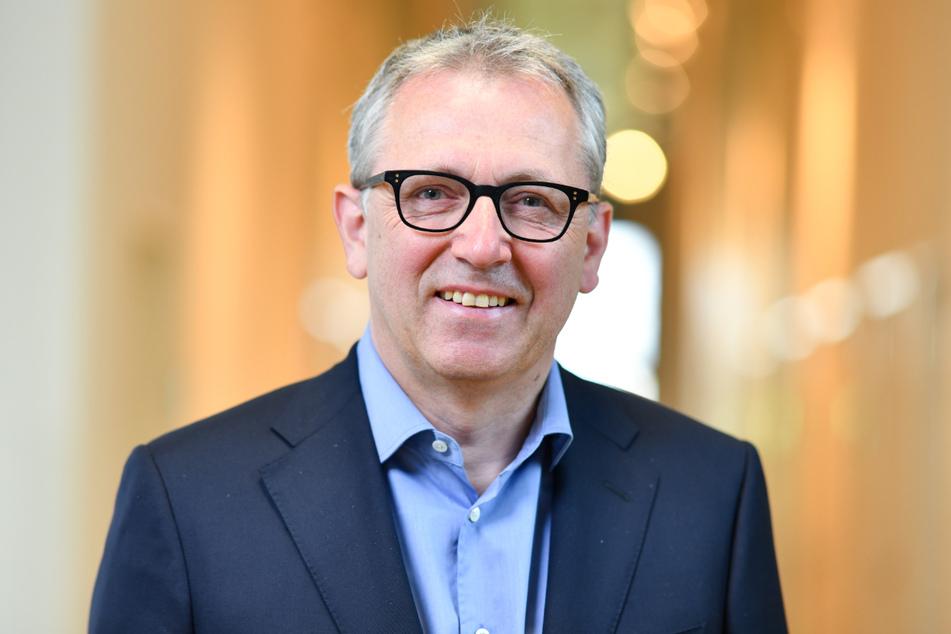 Der Mannheimer Rathauschef Peter Kurz (58).