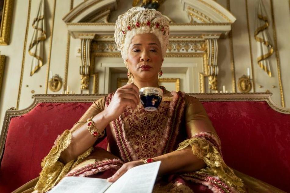 """""""Bridgerton"""" ist ab Weihnachten bei Netflix zu sehen. Hier die Königin, dargestellt von Golda Rosheuvel (48)."""