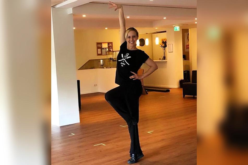 Das Tanzstudio ist das Zuhause der 38-Jährigen. Doch wegen der Corona-Pandemie durfte die Profi-Tänzerin schon lange keine Kurse mehr geben.