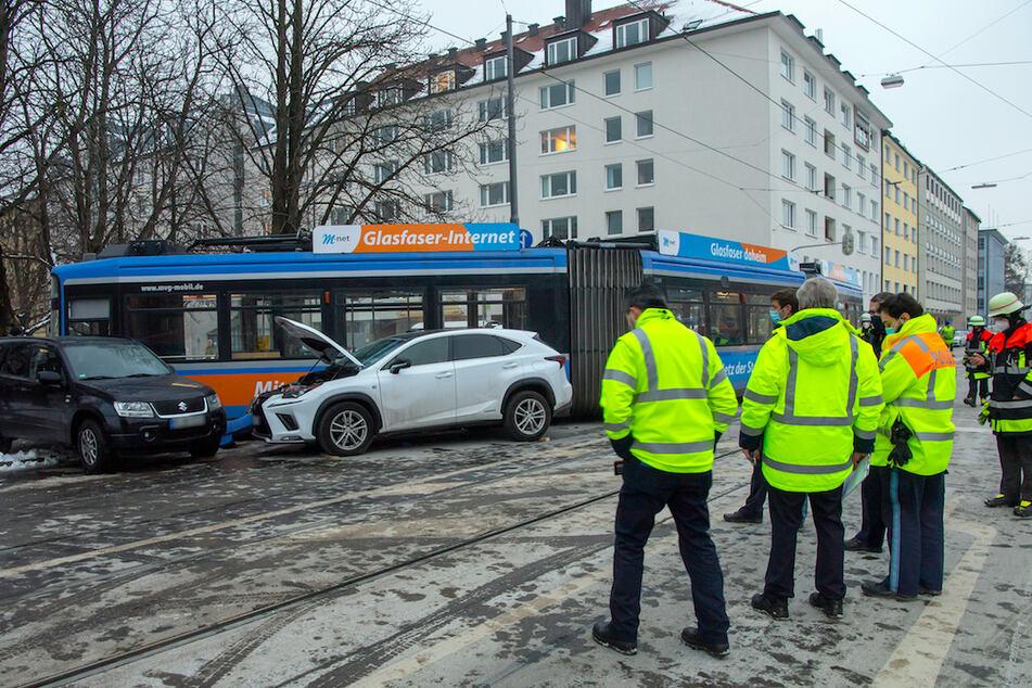 Schon wieder Tramunfall in München! Mutter und Kind verletzt