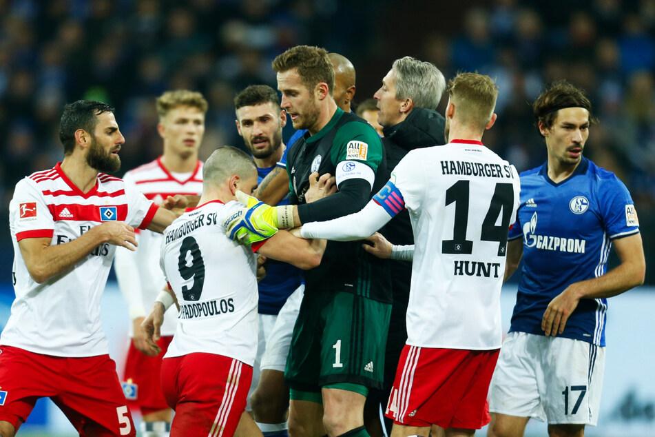 Das Auftaktspiel der 2. Bundesliga zwischen dem FC Schalke 04 und dem Hamburger SV wird am Freitagabend live im Free-TV zu sehen sein. (Archivfoto)