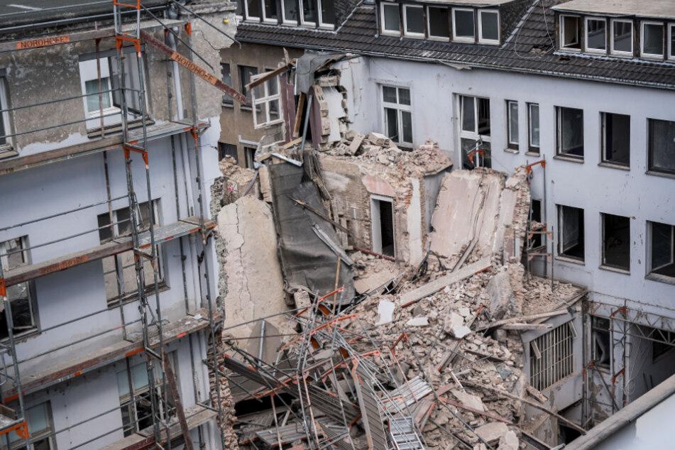 Nach tödlichem Hauseinsturz in Düsseldorf: Staatsanwaltschaft ermittelt