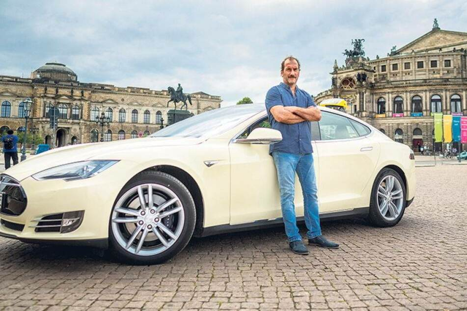 Er fährt Dresdens erstes Elektro-Taxi
