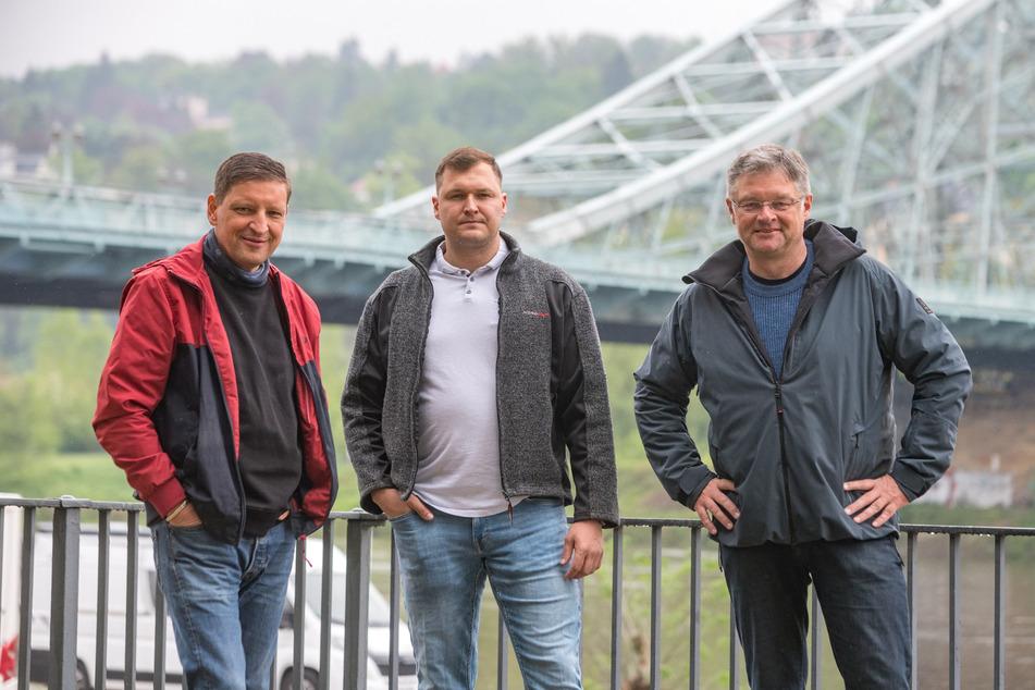 Poller weg! Jens Genschmar (52, Freie Wähler), Thomas Ladzinski (32, AfD) und Holger Zastrow (52, FDP, v.l.).