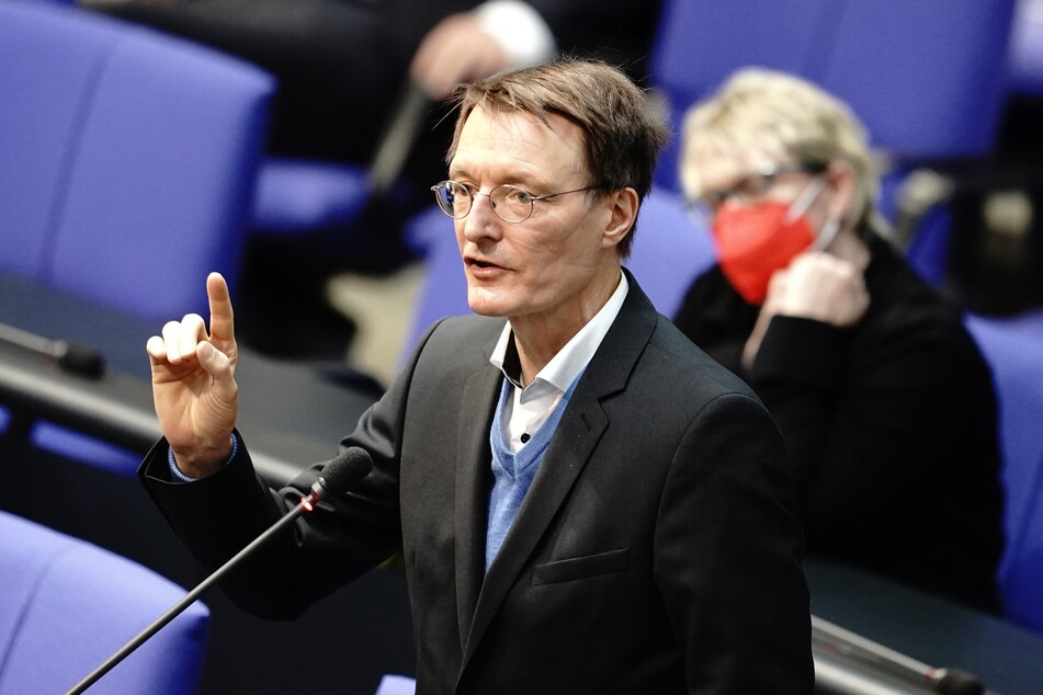 Gesundheitsexperte Karl Lauterbach (58, SPD) erwartet im Mai ein kräftiges Absinken der Corona-Neuinfektionen.