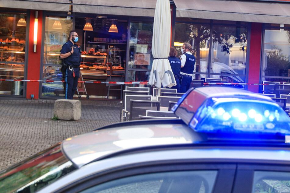 Blutige Attacke: Messerangriff in Bäckerei mit einem Schwerverletzten