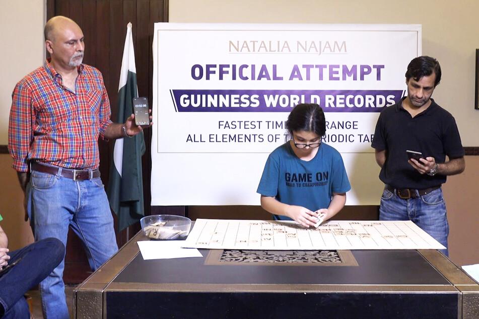 Die Neunjährige erhielt für ihre Leistung den Weltrekord-Titel.