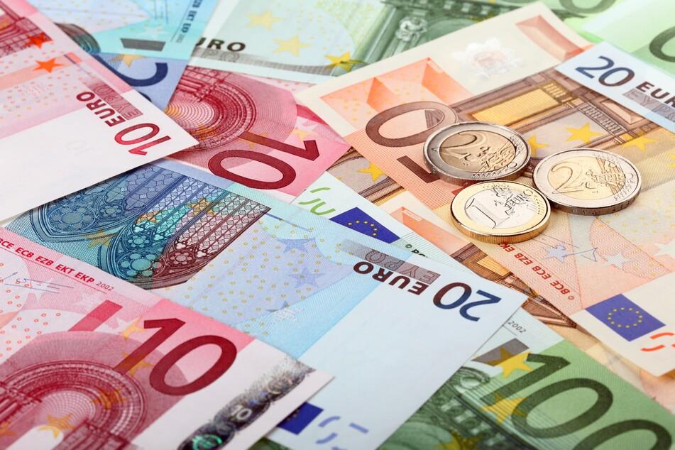 Armutsbericht: Unterdurchschnittliche und ungleiche Einkommen in NRW