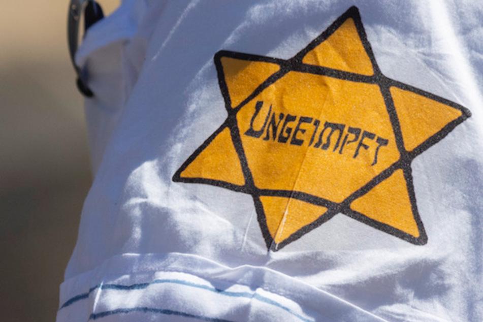 Mehr antisemitische Vorfälle: Verschwörungsmythen schieben Juden die Schuld an Corona zu