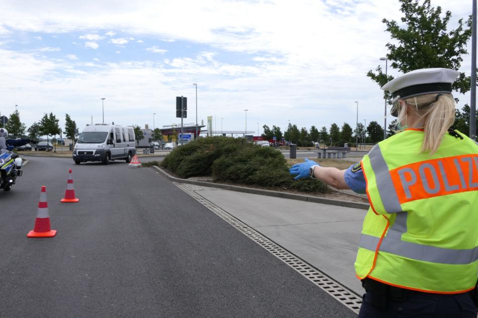 """Nur ein Fahrer musste seine Fahrt beenden! Polizei führt """"Safe Holiday""""-Kontrollen bei Grimma durch"""