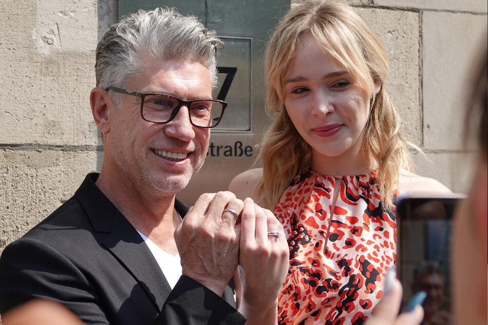 Nach der TV-Hochzeit folgte am 24. Mai 2019 die standesamtliche Trauung für Thomas Behrend (56) und Theresia Fischer (28) in Düsseldorf. (Archivbild)