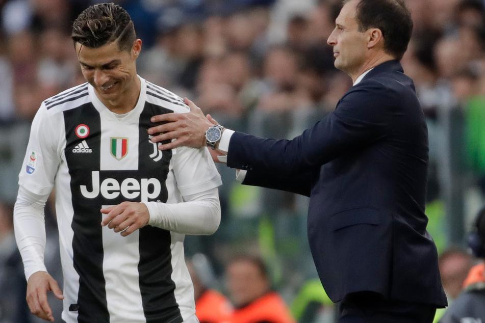 Massimiliano Allegri (54, r.) mit CR7 im Jahr 2019. Diese Bilder wird es vorerst wohl nicht mehr geben.