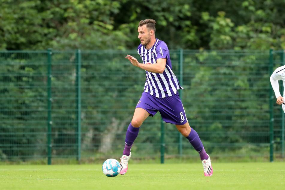 Florian Ballas (28) muss sich einer Operation am linken Knie unterziehen.