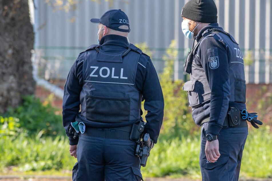 Berlin: Zoll schnappt zu: Vermeintliche Drogen-Dealer entpuppen sich als Bier-Barone!