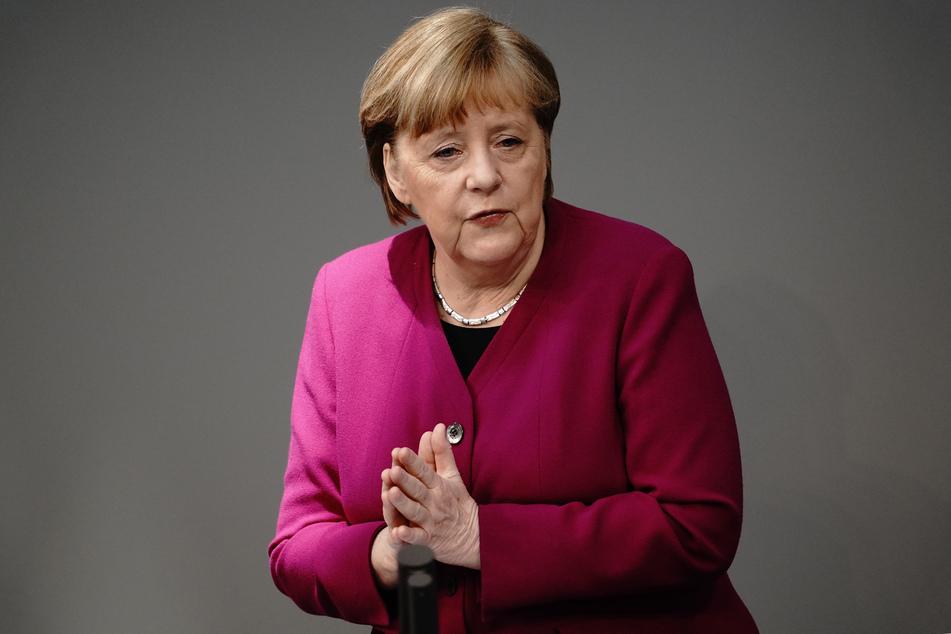 Bundeskanzlerin Angela Merkel (66, CDU) bei einer Rede im Bundestag. (Archivbild)