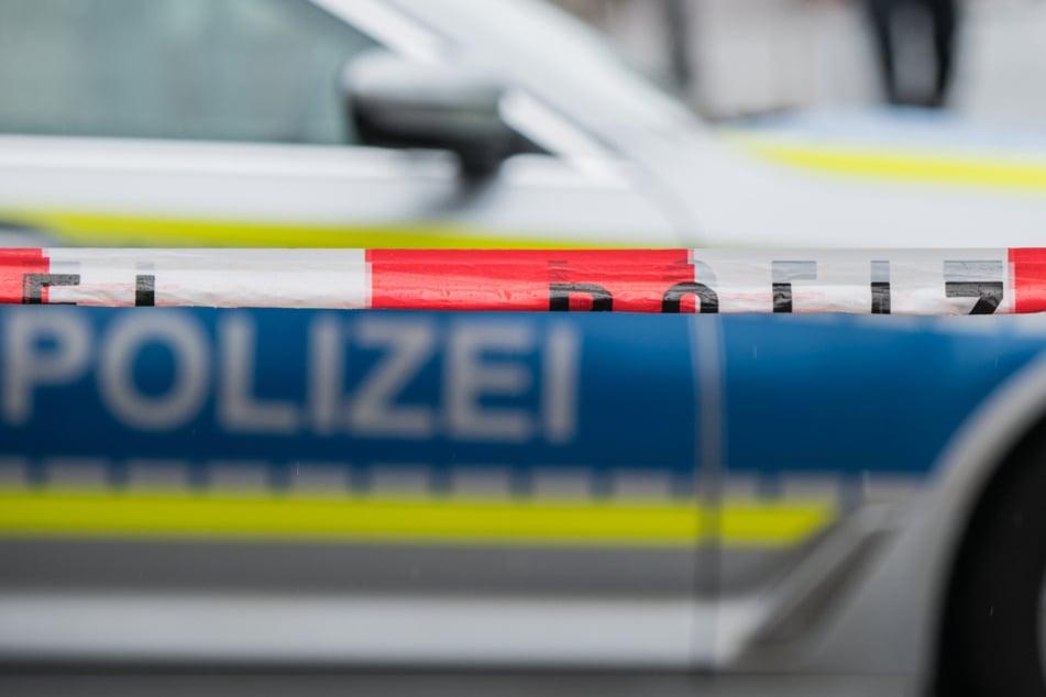 Hat ein Reichsbürger seinen Vermieter und dessen Begleiter mit einer Waffe bedroht?