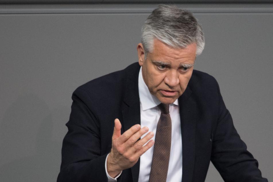 Frank Steffel (54, CDU) spricht auf der 150. Sitzung des Bundestages. (Archivbild)
