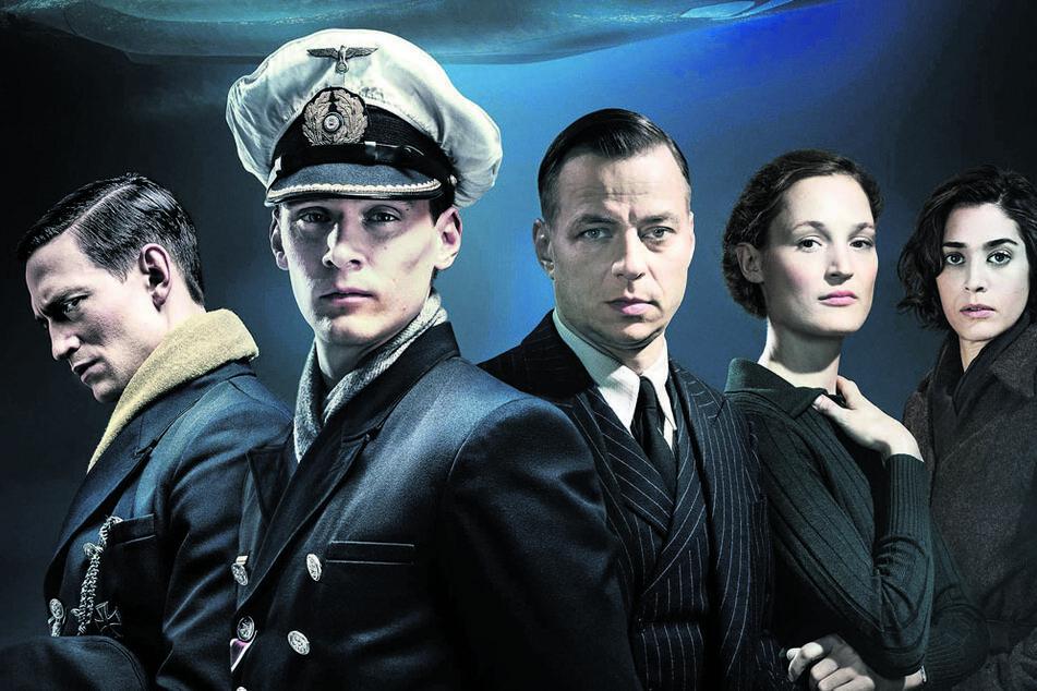 "In der Serie ""Das Boot"" agiert Tom Wlaschiha (47, Mitte) als Gestapo-Kriminalrat Hagen Forster."