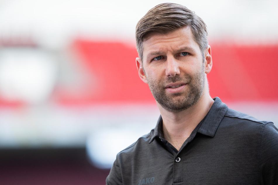 Thomas Hitzlsperger (38), Vorstandsvorsitzender des VfB Stuttgart, sieht den VfB Stuttgart nach dem Aufstieg in die Fußball-Bundesliga weiter in einer finanziell angespannten Situation.