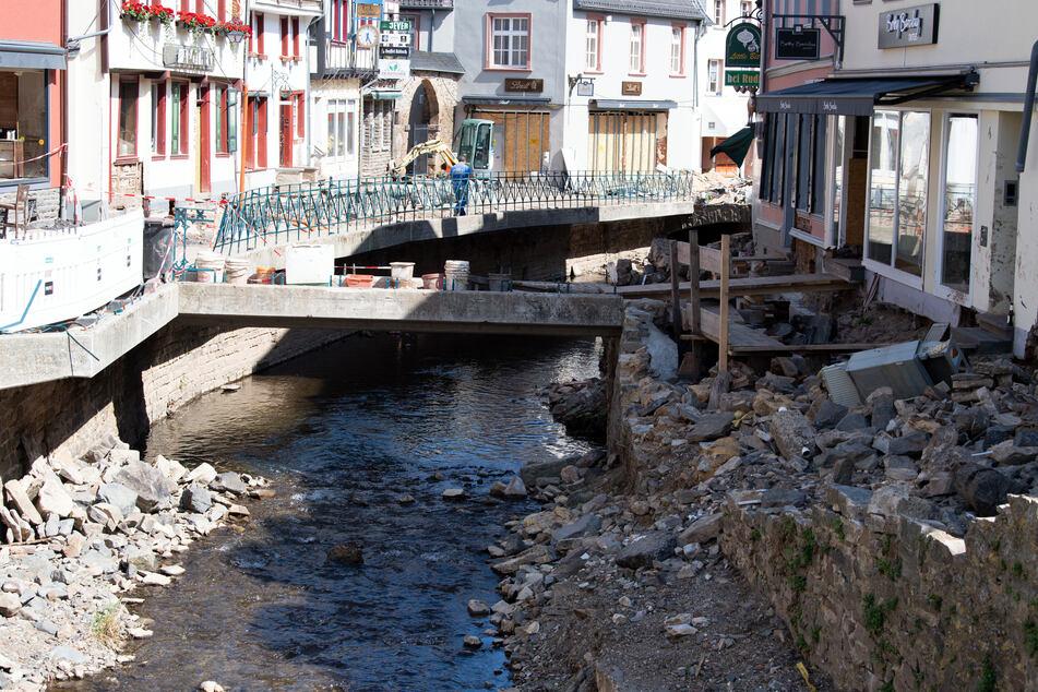 Wie in Bad-Münstereifel hat die Flutkatastrophe in Teilen von NRW enorme Schäden angerichtet.