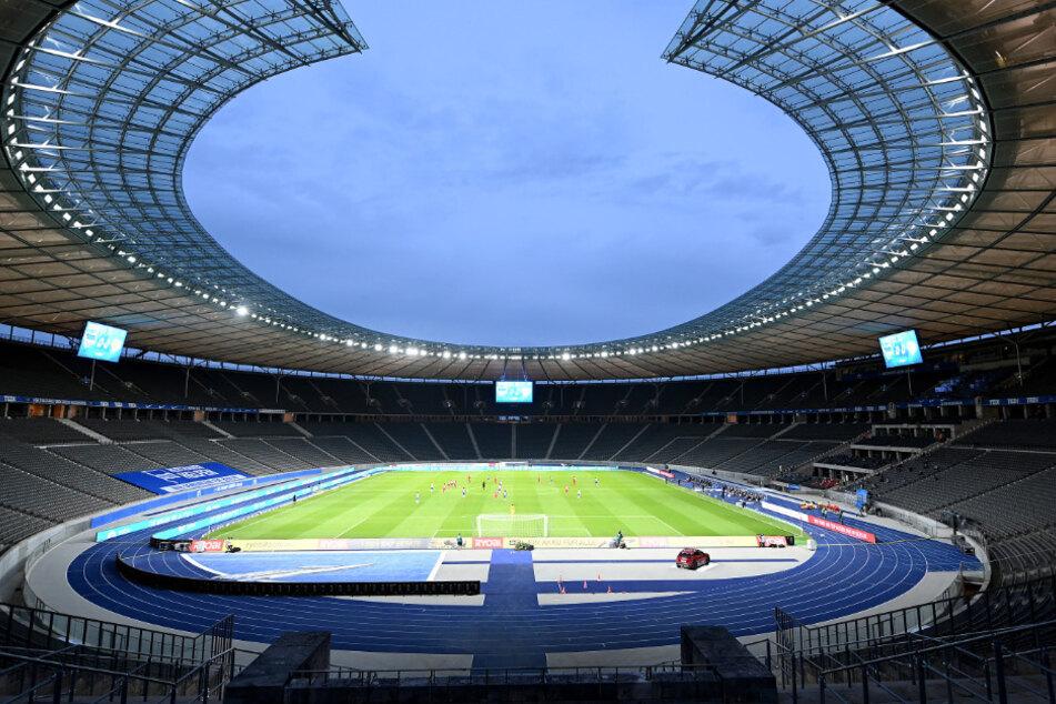 Blick in das leere Olympiastadion beim letzten Aufeinandertreffen zwischen Hertha und Union.