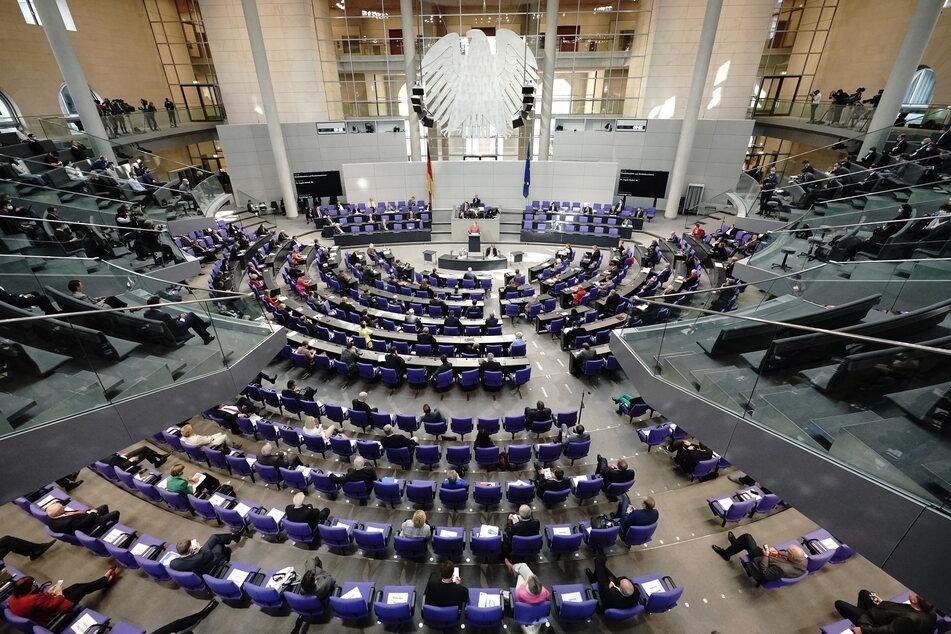 """Hunderte Bundestagsabgeordnete stehen auf einer sogenannten """"Todesliste""""."""