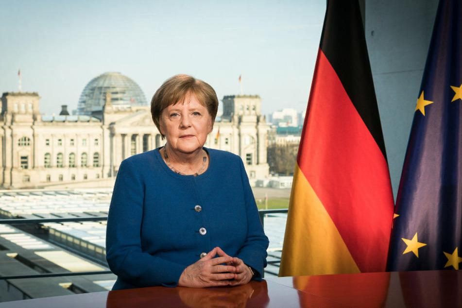 Angela Merkel spricht in einer TV-Ansprache zur Nation.