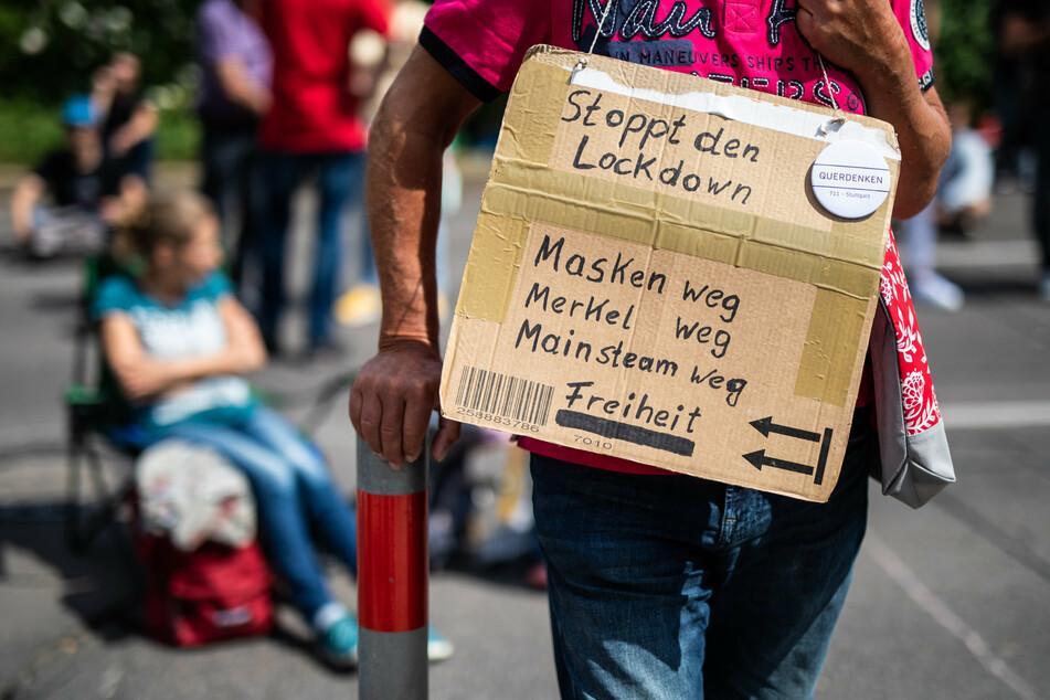 """Anhänger der Initiative """"Querdenken 711"""" aus Stuttgart wollten auch in Berlin demonstrieren. (Archivbild)"""