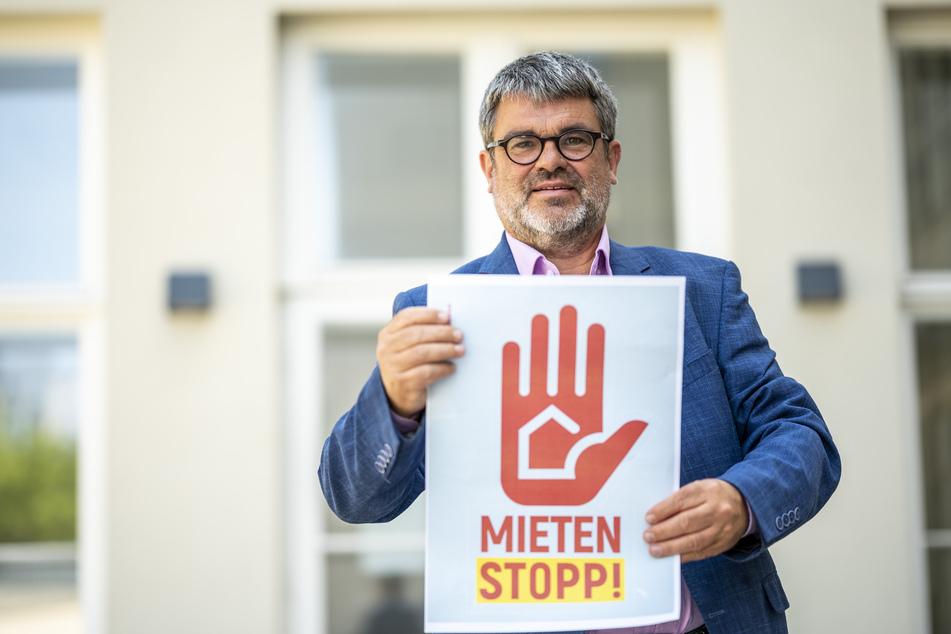 Gewerkschafter Ralf Hron (55) fordert einen Stopp der Mieten-Erhöhungen.