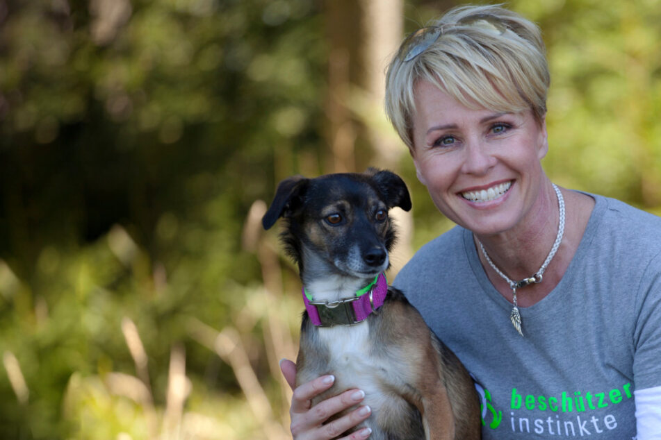 """The Dog House"": ZDF krallt sich RTL-Ikone Sonja Zietlow für neue Tiershow"