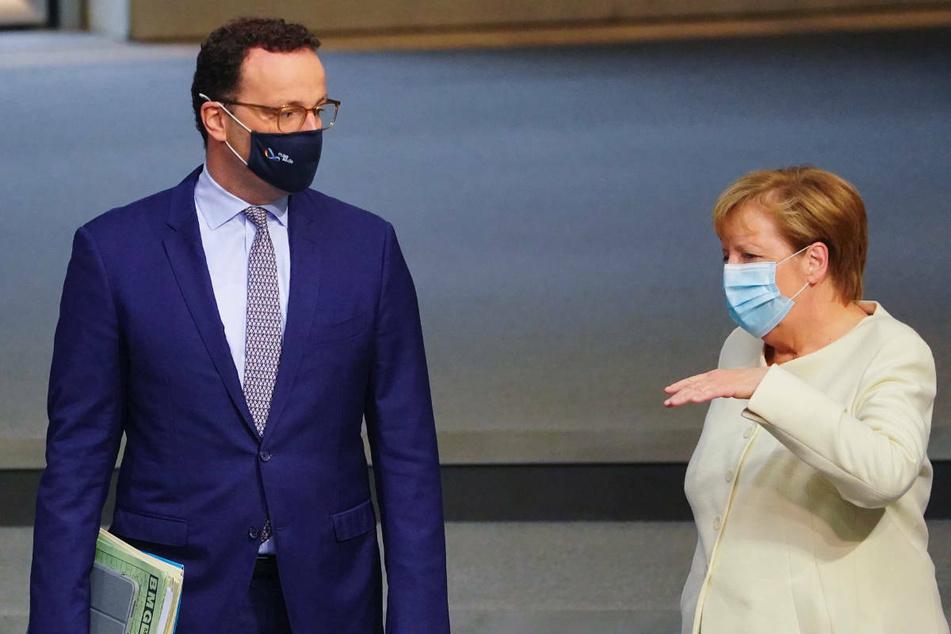 Die Suche nach der richtigen Strategie in der Pandemie: Merkel und Spahn besuchen RKI