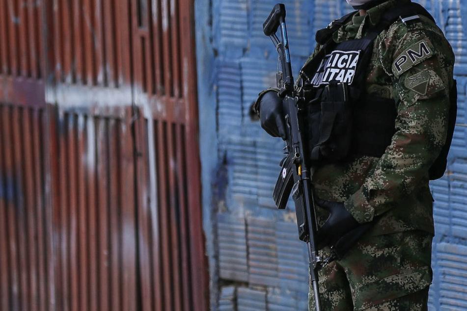 Nach Vorwürfen von Polizeigewalt: Soldaten erschießen Frau an der Grenze