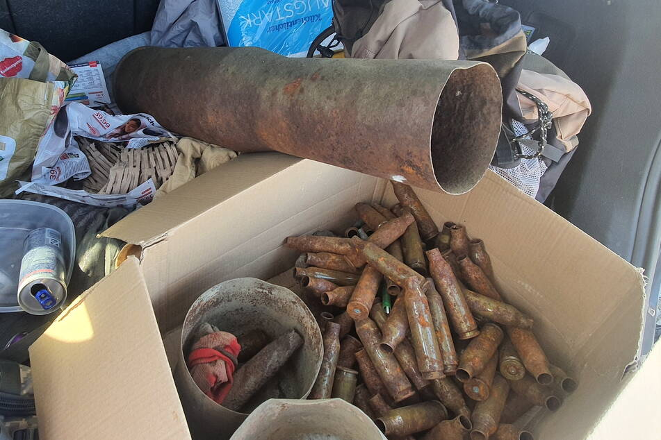 Auf alten Truppenübungs-Geländen taucht immer wieder alte Munition auf.