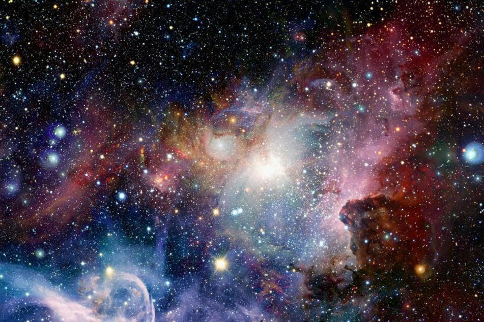 Auf diesem Kanal berichtet TAG24 über rätselhafte Himmelskörper wie Asteroiden oder Kometen. (Bild: 123RF/nasaimages)