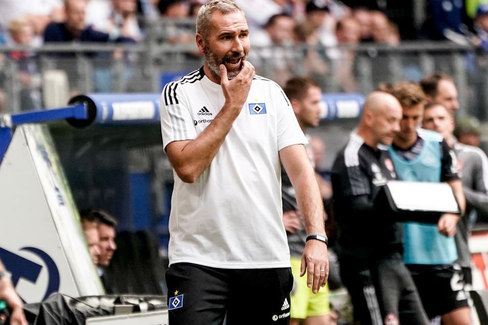 HSV-Coach Tim Walter (45) sah einen engagierten Auftritt seiner Mannschaft, die sich nach zweimaligem Rückstand mit einem Unentschieden belohnte.