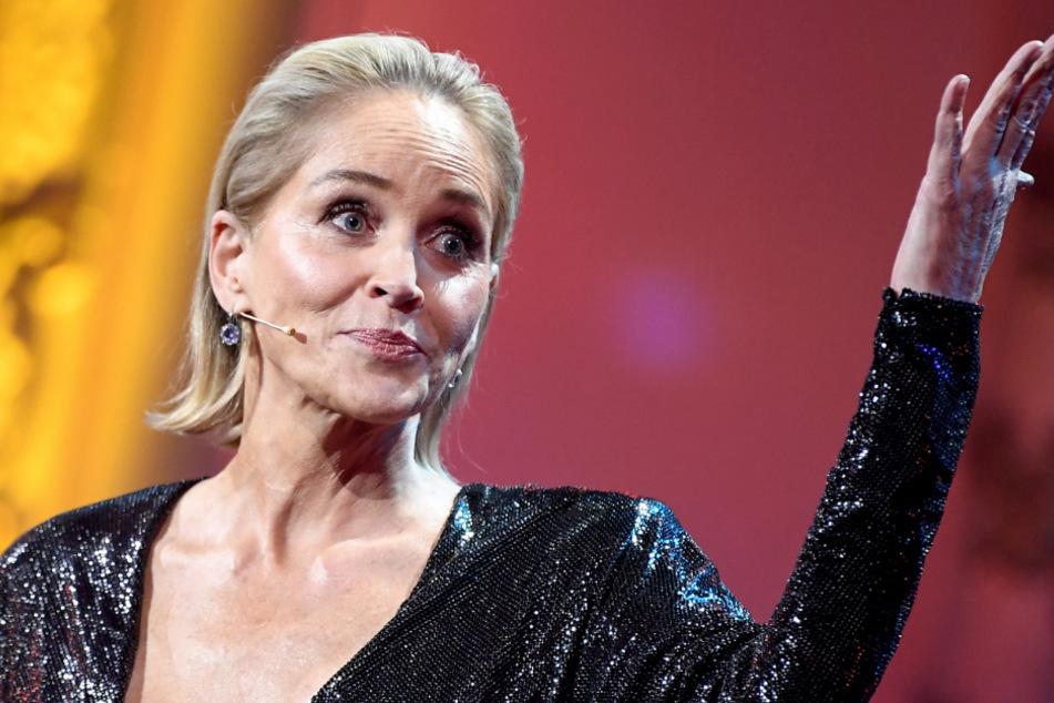 Sharon Stone (62) reveals dramatic coronavirus cases in her family.