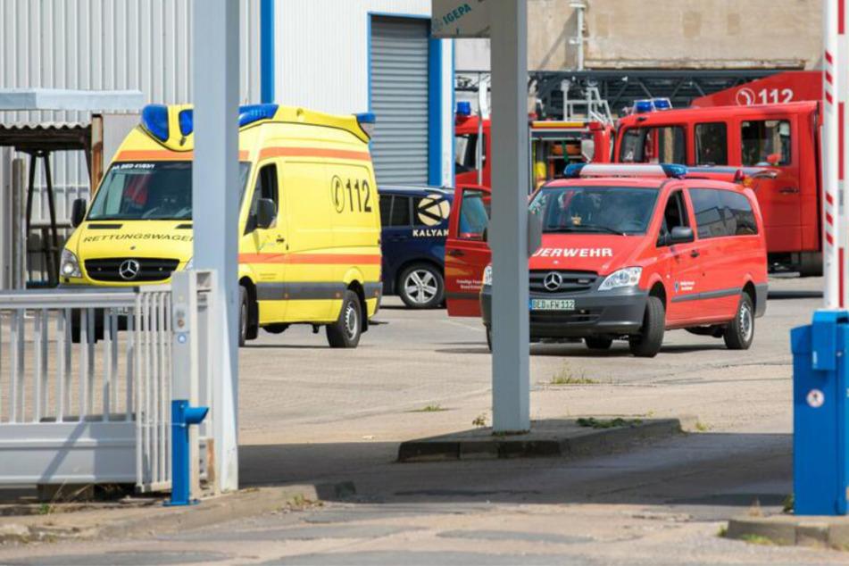 Metallpresse fängt Feuer: Brand auf Firmengelände