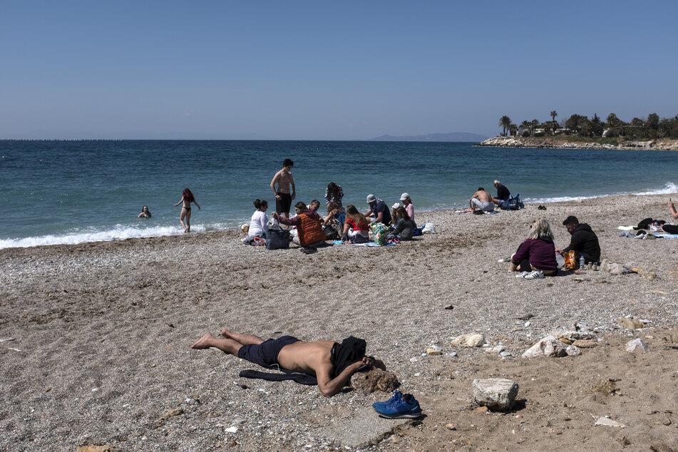 Urlauber aus den anderen EU-Staaten werden ab 14. Mai ohne Quarantänepflicht nach Griechenland reisen und Urlaub machen können.