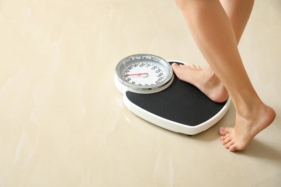 Nagellack steht nicht nur im Verdacht, krebserregend zu sein, sondern auch für eine Gewichtszunahme zu sorgen.