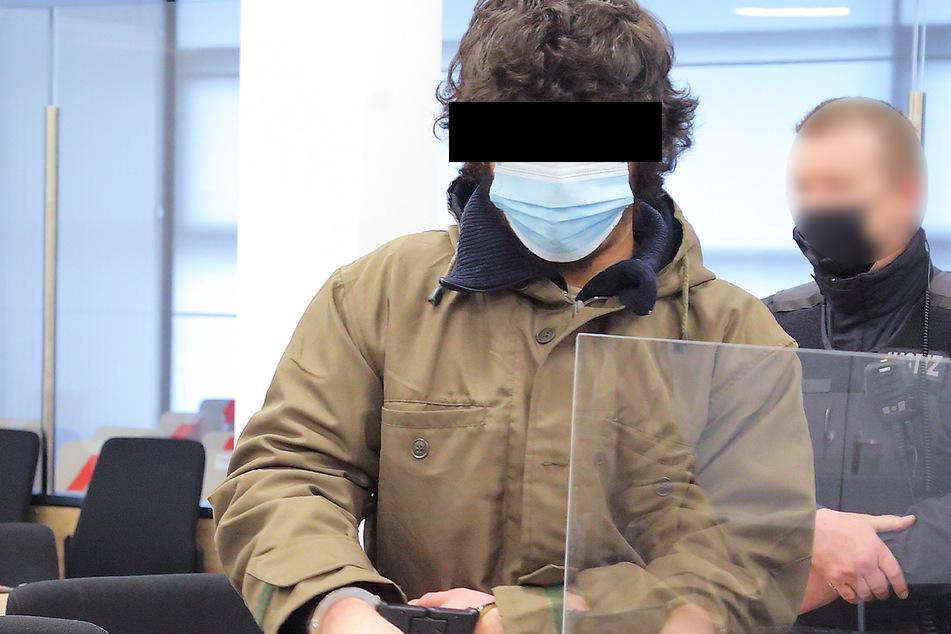 Messer-Mord von Dresden: Angeklagter bedauert, dass nicht beide Opfer starben