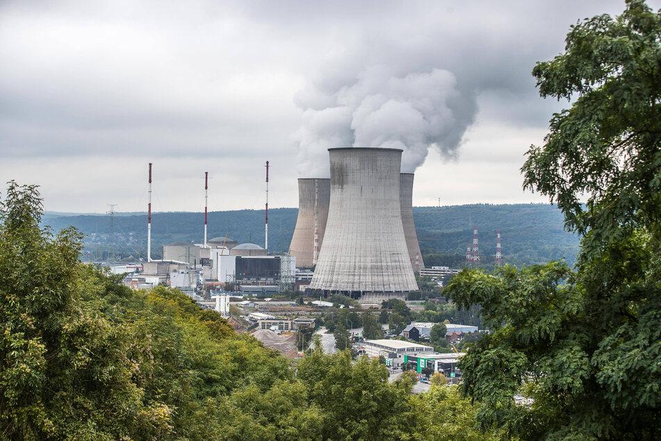 Neben Deutschland, das seine sechs Atomkraftwerke nächstes Jahr abschaltet, hat von unseren Nachbarländern nur Belgien bis 2025 den Ausstieg geplant.